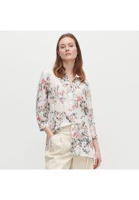 Reserved - Wzorzysta koszula z EcoVero™ - Biały. Kolor: biały