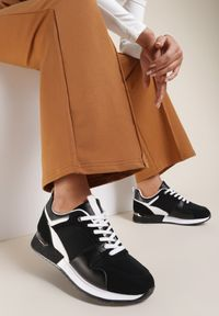 Czarne buty sportowe Renee