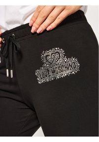 Czarne spodnie dresowe Love Moschino