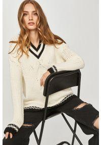 Kremowy sweter Answear Lab z długim rękawem, wakacyjny