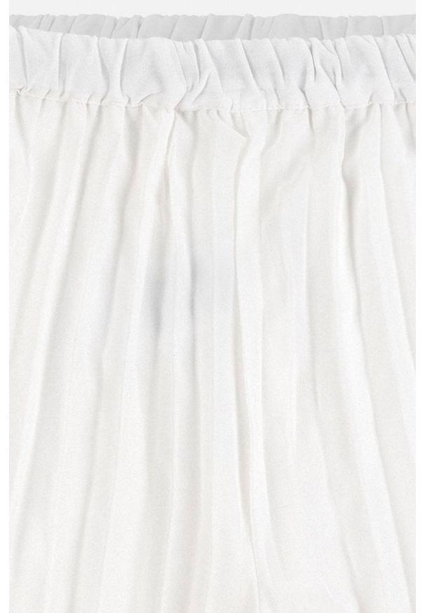 Kremowe spodnie Mayoral
