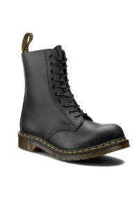 Czarne buty zimowe Dr. Martens z cholewką