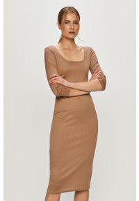 Brave Soul - Sukienka. Kolor: brązowy. Materiał: dzianina, materiał. Długość rękawa: długi rękaw. Typ sukienki: dopasowane