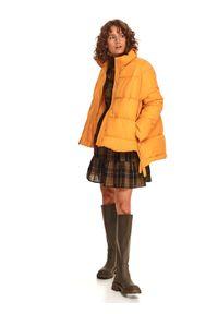 TOP SECRET - Pikowana kurtka puffer. Typ kołnierza: kołnierzyk stójkowy. Kolor: żółty. Materiał: tkanina. Długość rękawa: długi rękaw. Długość: długie. Sezon: zima