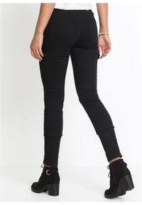 Spodnie bojówki Skinny bonprix czarny. Kolor: czarny