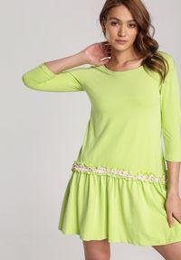 Renee - Limonkowa Sukienka Palathyia. Materiał: dzianina. Sezon: lato, wiosna. Typ sukienki: trapezowe. Długość: mini