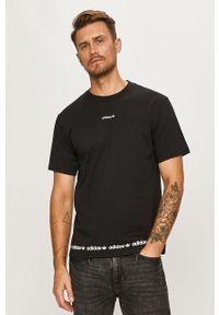 Czarny t-shirt adidas Originals z okrągłym kołnierzem, na co dzień, z nadrukiem, casualowy