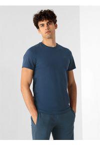 4f - T-shirt basic regular gładki męski. Kolor: niebieski. Materiał: dzianina. Wzór: gładki