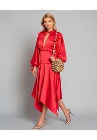 SELF PORTRAIT - Czerwona sukienka midi. Okazja: na wesele, na imprezę, na komunię, na ślub cywilny. Kolor: czerwony. Materiał: materiał. Styl: elegancki. Długość: midi