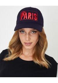MISS PARIS - Czapka Miss Paris - EDYCJA LIMITOWANA. Kolor: niebieski. Wzór: napisy, aplikacja, haft. Styl: klasyczny, casual, sportowy