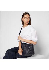 Niebieska torebka worek Lauren Ralph Lauren skórzana
