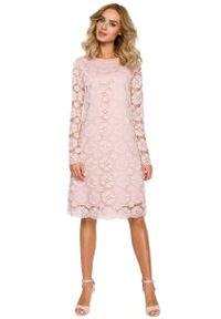 Różowa sukienka wizytowa MOE wizytowa, trapezowa, w koronkowe wzory