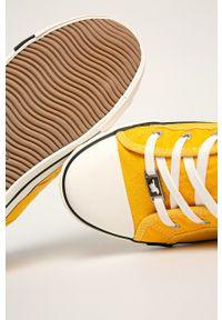 Mustang - Tenisówki. Nosek buta: okrągły. Zapięcie: sznurówki. Kolor: żółty. Materiał: guma