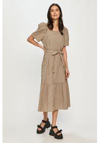 Levi's® - Levi's - Sukienka. Okazja: na spotkanie biznesowe. Materiał: tkanina. Długość rękawa: krótki rękaw. Typ sukienki: rozkloszowane. Styl: biznesowy