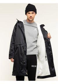 Czarny płaszcz przejściowy Nike