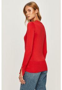 Czerwony sweter Guess Jeans z długim rękawem, na co dzień
