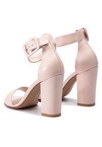 Różowe sandały Szydłowski