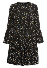 Sukienka z falbanami bonprix czarny w kwiaty. Kolor: czarny. Materiał: poliester, materiał. Wzór: kwiaty, nadruk. Typ sukienki: rozkloszowane. Długość: mini