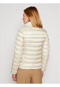 Biała kurtka zimowa Woolrich