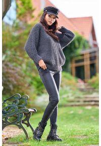 Awama - Kimonowy Sweter z Półgolfem - Grafitowy. Kolor: szary. Materiał: poliester, poliamid