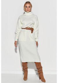 Makadamia - Długa Swetrowa Sukienka z Golfem - Ecru. Typ kołnierza: golf. Materiał: akryl. Długość: maxi