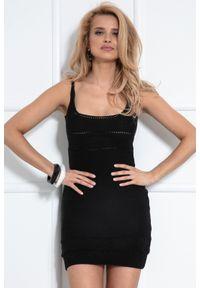 Czarna sukienka dzianinowa Fobya mini, na ramiączkach