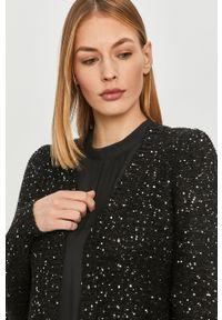 Czarny sweter rozpinany Vero Moda długi, casualowy
