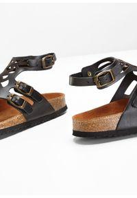 Wygodne sandały skórzane bonprix czarny. Kolor: czarny. Materiał: skóra. Sezon: lato