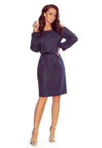 Numoco - Granatowa Połyskująca Sukienka z Hiszpańskim Dekoltem. Kolor: niebieski. Materiał: wiskoza, poliester