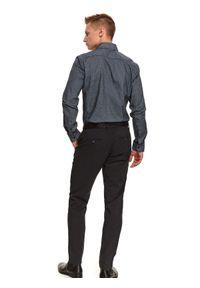 TOP SECRET - Spodnie chino w drobną kratę. Okazja: do pracy. Kolor: szary. Materiał: materiał. Sezon: zima. Styl: elegancki, klasyczny