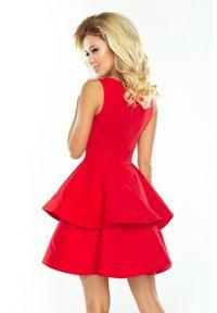 Numoco - Mocno rozkloszowana sukienka z dwiema falbanami. Okazja: na ślub cywilny, na komunię, na wesele. Materiał: wiskoza, poliester, materiał #4