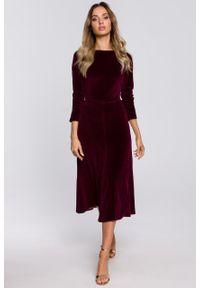e-margeritka - Sukienka welurowa midi rozkloszowana elegancka bordowa - m. Okazja: na sylwestra, na imprezę. Kolor: czerwony. Materiał: welur. Typ sukienki: proste. Styl: elegancki. Długość: midi