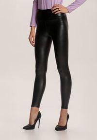 Renee - Czarne Spodnie Skinny Nemororin. Kolor: czarny