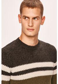 Szary sweter Only & Sons z okrągłym kołnierzem, casualowy, na co dzień