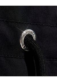 MONCLER - Czarna parka Alcyone. Kolor: czarny. Materiał: materiał
