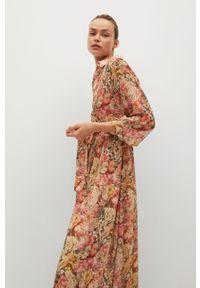 Czerwona sukienka mango casualowa, rozkloszowana