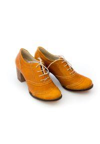 Zapato - sznurowane półbuty na 6 cm słupku - skóra naturalna - model 251 - kolor rudy retro. Kolor: brązowy. Materiał: skóra. Obcas: na słupku. Styl: retro