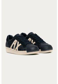 Niebieskie sneakersy Armani Exchange na sznurówki, z cholewką