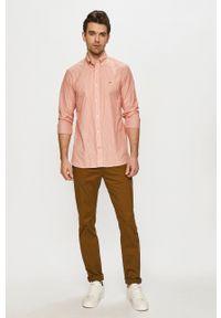 TOMMY HILFIGER - Tommy Hilfiger - Koszula. Typ kołnierza: button down. Kolor: pomarańczowy. Materiał: tkanina. Wzór: aplikacja