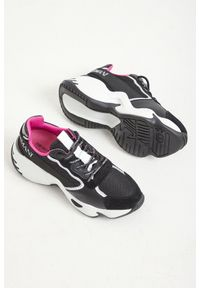 Buty sportowe Emporio Armani w kolorowe wzory