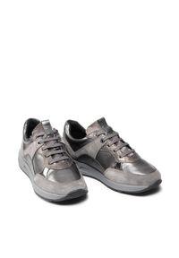 Geox Sneakersy D Bulmya B D15NQB 0BN22 C1G9F Szary. Kolor: szary
