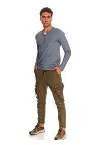 TOP SECRET - T-shirt strukturalny ze wstawką. Kolor: niebieski