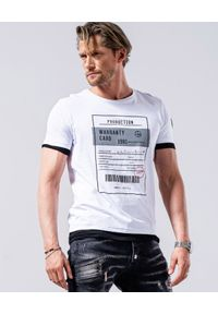 GUNS & TUXEDOS - T-shirt z nadrukami Clandestino 1. Okazja: na co dzień. Kolor: biały. Materiał: bawełna, dzianina. Wzór: nadruk. Styl: casual