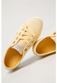 GANT - Gant - Tenisówki Leisha. Nosek buta: okrągły. Zapięcie: sznurówki. Kolor: żółty. Materiał: guma #3