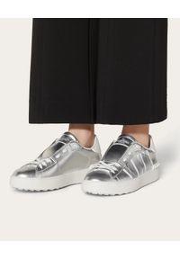 Srebrne sneakersy VALENTINO z napisami, na co dzień