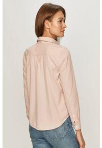 Levi's® - Levi's - Koszula bawełniana. Okazja: na co dzień, na spotkanie biznesowe. Kolor: różowy. Materiał: bawełna. Długość rękawa: długi rękaw. Długość: długie. Wzór: gładki. Styl: biznesowy, casual