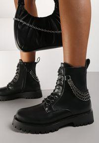 Renee - Czarne Botki Ocypophine. Wysokość cholewki: za kostkę. Nosek buta: okrągły. Zapięcie: zamek. Kolor: czarny. Szerokość cholewki: normalna. Wzór: gładki
