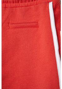 Czerwone spodenki Pepe Jeans sportowe