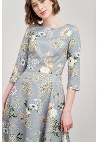 Marie Zélie - Sukienka Galatea Valeriana szara. Kolor: szary. Materiał: elastan, materiał, bawełna, skóra