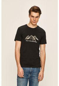 Czarny t-shirt Peak Performance z okrągłym kołnierzem, z nadrukiem